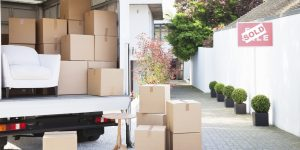 Why hiring movers is a must for apartment-dwellers in Toronto