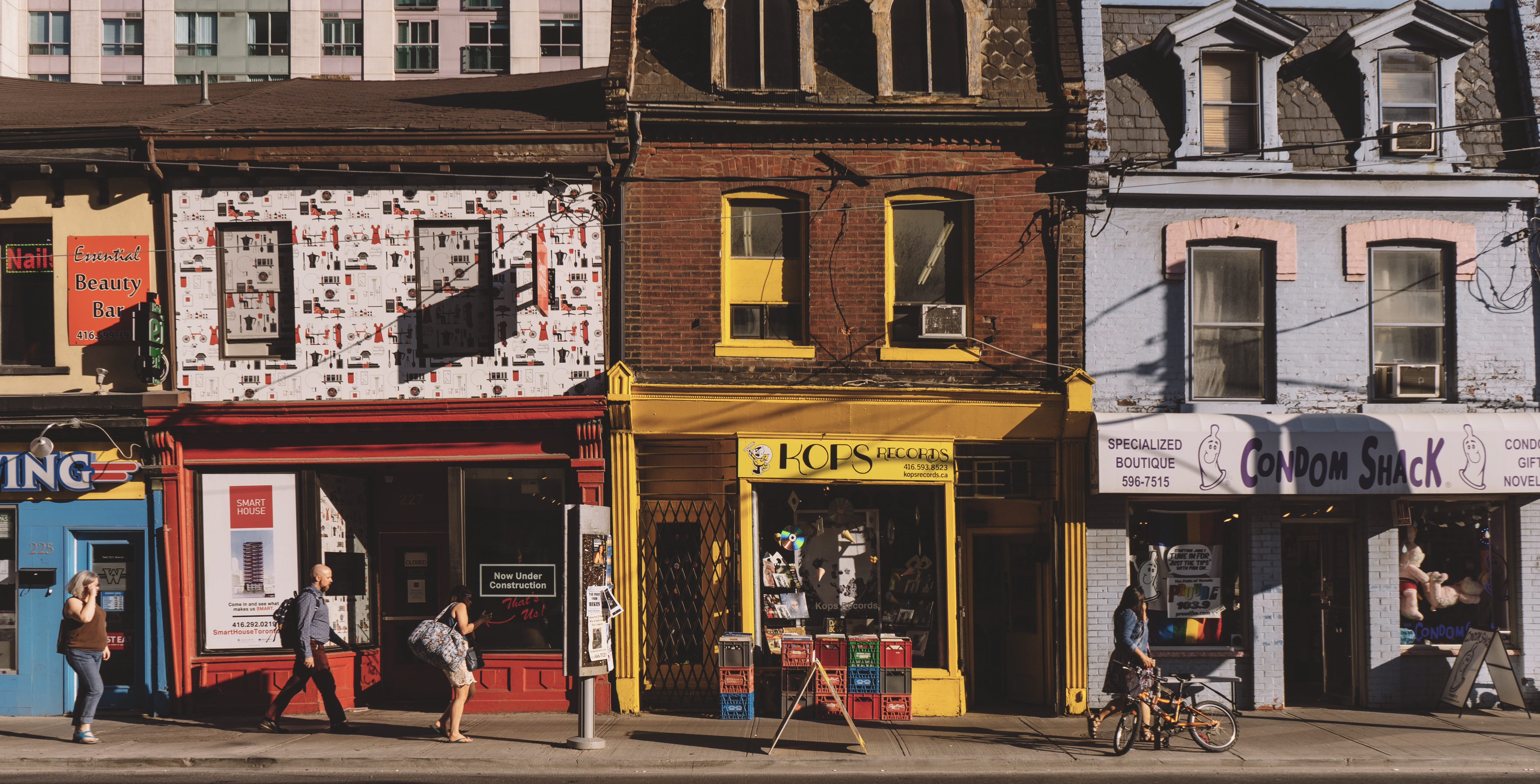 14 Local Blogs That Will Help You Get To Know Toronto