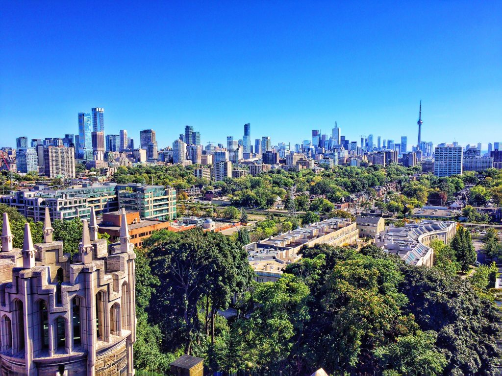 highest and lowest rent in toronto